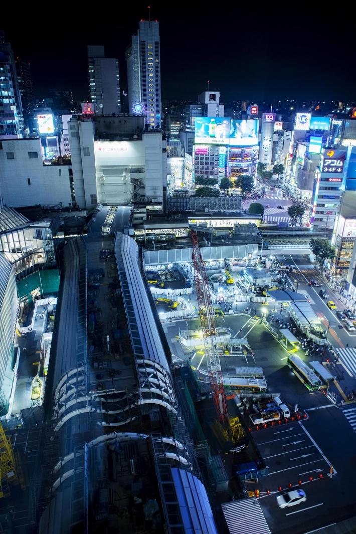 激動の渋谷 Photograph by 笹口悦民